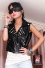 Black-trunk-show-vest-white-topshop-top-blue-mango-shorts-black-chanel-pur