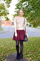 red skater skirt River Island skirt - black chelsea boots asos boots