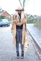 black Deichmann boots - brown asos coat - black skinny warehouse jeans