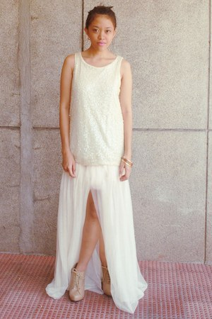 off white sequined H&M dress - tan Forever 21 boots - diva bracelet