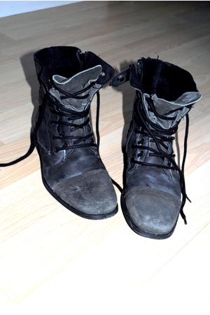 black River Island boots - gray - silver
