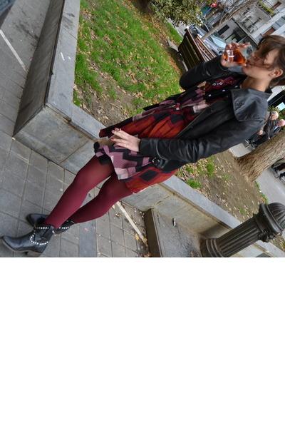 crimson leather jacket - black ASH boots