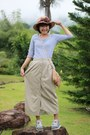 Sky-blue-shoes-tan-hat-bronze-bag-beige-skirt-light-blue-top