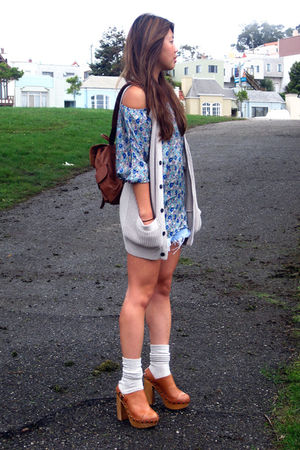 Forever 21 top - H&M vest - Levis shorts - Jeffrey Campbell shoes - vintage