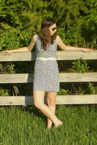 blue vintage dress - white vintage belt - silver payless shoes - black wall mart