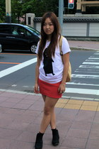 Graniph Design t-shirt - black ankle boots - red skirt skirt