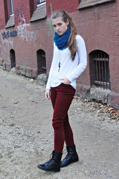 maroon new look jeans - white reserved sweater