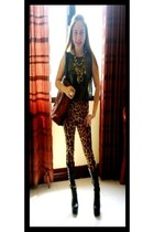 bronze leopard lace up S Dare to be Bold leggings