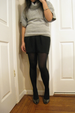 gray Caslon sweater - black Urban Outfitters skirt - black Forever 21 tights - g
