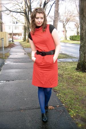 red vintage dress - black H&M shoes - blue Smart Set tights - black unsure top