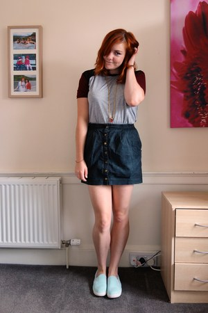 gray button-up H&M skirt - heather gray mesh shoulder Primark t-shirt