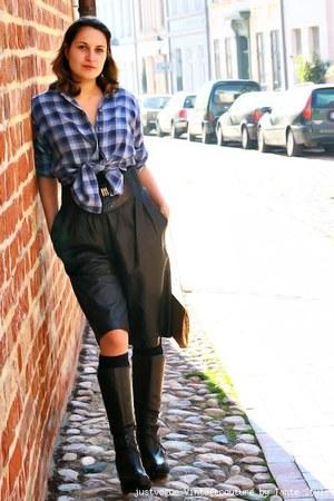 Van Laack flannell blouse - 80s Vinatge leather bermuda shorts - handmade Jutta