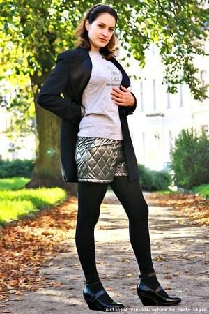 clothed t-shirt - vintage shorts - smoking  tuxedo blazer - vic mati shoes
