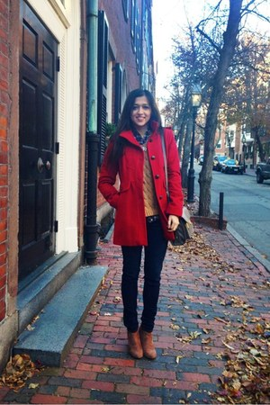 navy Abercrombie jeans - brown wedge boots Forever 21 boots - red Guess coat