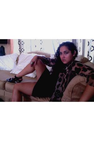 light brown Audrey cardigan - black v-neck H&M t-shirt - black mini H&M skirt