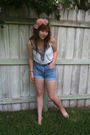 Blue-vintage-shorts-gray-gap-top-black-vintage-belt-beige-forever-21-acces