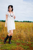 gold field, white dress.
