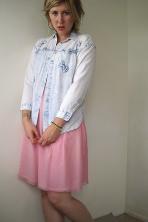 acid-washed vintage jordache shirt - pink vintage dress