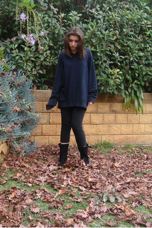 Tommy Hilfiger sweater - Glassons leggings - Wanted boots