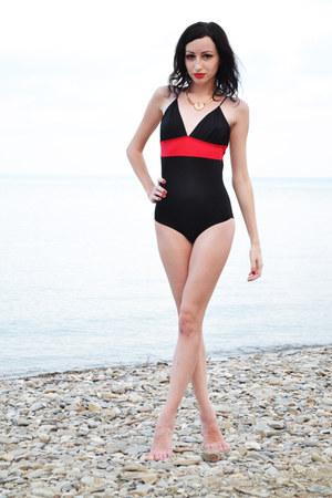 noname swimwear