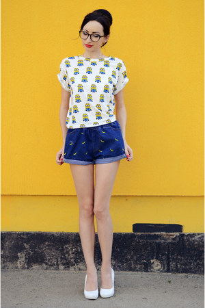 yellow Oasapcom t-shirt - Oasapcom shorts