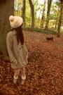 Cream-faux-fur-vintage-hat-tan-shushu-boots-light-brown-h-m-coat
