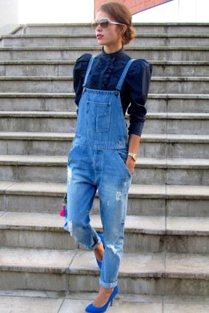 Zara jeans - Sisley shirt - Miu Miu sunglasses - Zara heels