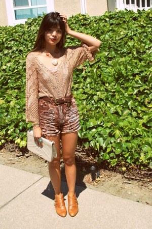 tawny aldo crossroads boots - ivory vintage Chanel bag - maroon Wasteland shorts