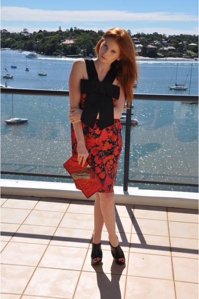 red Karen Walker dress