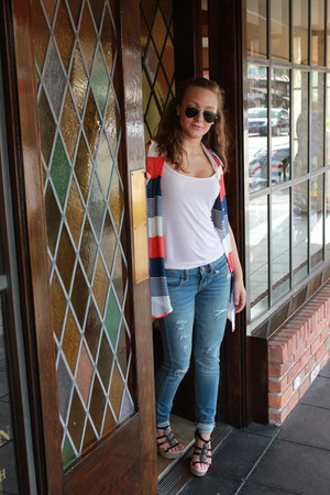 American Eagle jeans - Ray Ban sunglasses - Charlotte Russe wedges