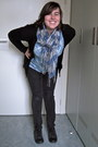 Dark-gray-lei-jeans-blue-italian-scarf-black-gap-cardigan
