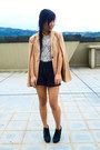 Cape-blazer-milday-blazer-pearl-collar-accessorize-necklace