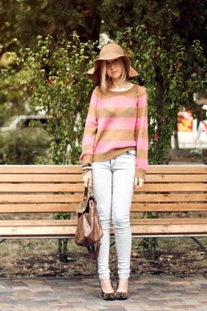 light brown H&M hat - light pink H&M sweater - camel New Yorker bag