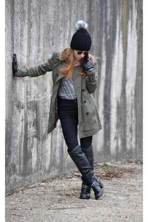 army green New Yorker coat - black Bianca bag - black Zara pants