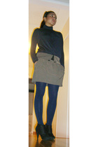 Forever 21 - brown Urban Renewal skirt - tights - black payless boots
