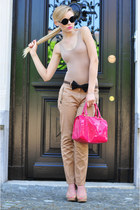 hot pink Victorias Secret bag - black vintage sunglasses - tan Zara heels