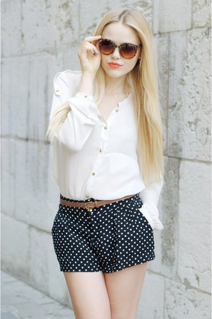 black polka dots H&amp;M shorts - tawny Mango sunglasses - brown Zara belt - white Z