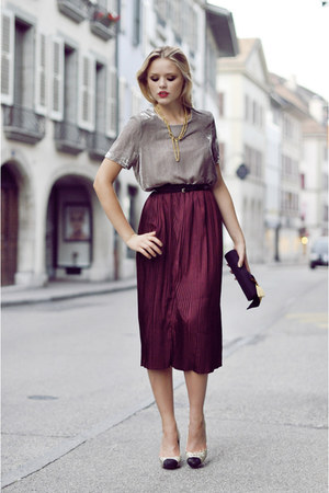 brick red romwe skirt - silver Zara shirt - black vintage wallet