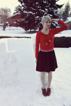 vintage skirt - f21 sweater - UO tights - vintage loafers