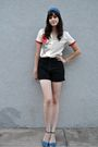 Blue-scarf-beige-vintage-blouse-black-vintage-shorts-blue-shoes