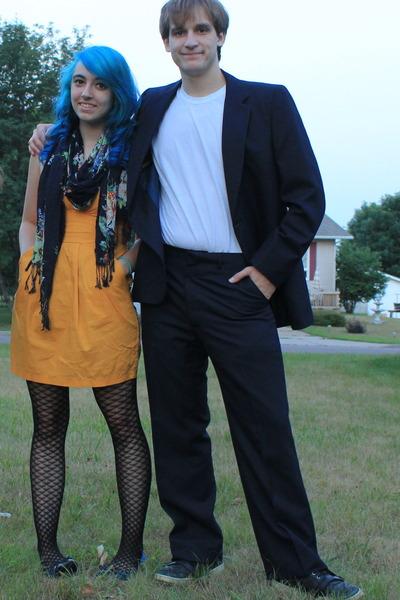 navy scarf - mustard strapless dress - black patterned tights