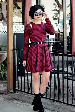 maroon houndstooth lucca couture dress - black Vans hat - black romwe sunglasses