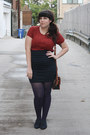 Navy-shoes-burnt-orange-sweater-deep-purple-tights-navy-skirt