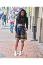 white lola shoetique sandals - black crop top Zara top