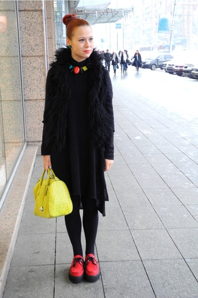 Underground shoes - Topshop dress - Furla bag - Terranova vest