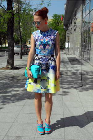 blue H&M Trend dress - turquoise blue H&M bag