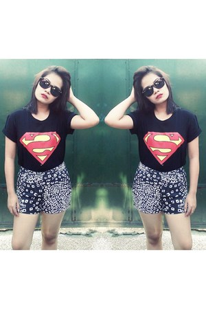 black printed shorts - black superman shirt shirt