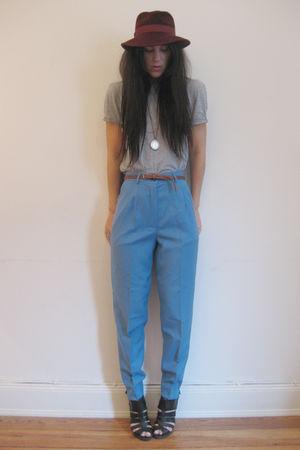 pants - t-shirt - shoes - belt - hat