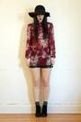 Vintage-shorts-floral-print-outofastrobe-vintage-blouse