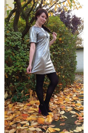 black paris skyline asos stockings - silver asos dress